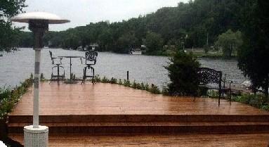 patio en pin blanc  teint en sikken sur lac